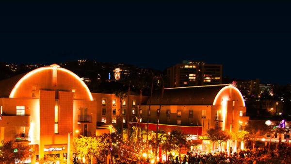 Ramada Plaza Hotel & Suites – Photo 1